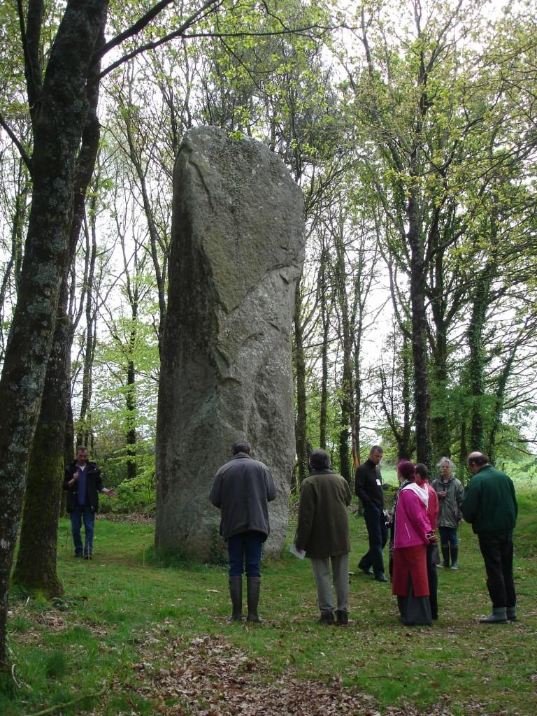 Etude  d'un menhir, stage en Bretagne